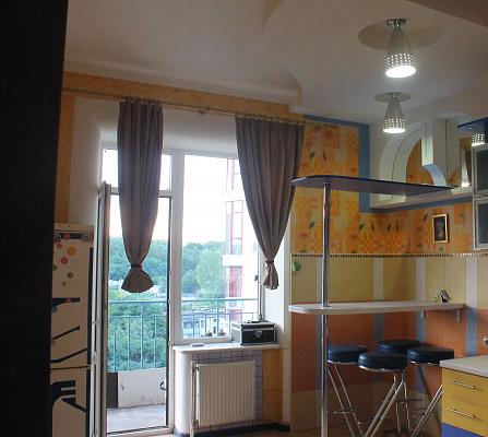 1-комнатная квартира посуточно в Одессе. Суворовский район, ул. Балковская, 22а. Фото 1