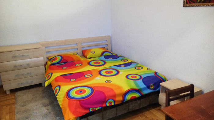 3-комнатная квартира посуточно в Киеве. Святошинский район, ул. Гната Юры, 6. Фото 1