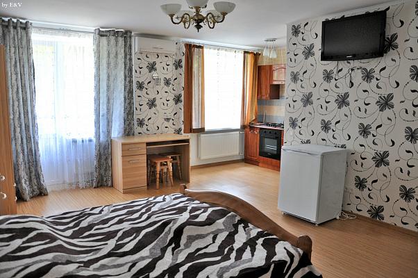 1-комнатная квартира посуточно в Измаиле. пр-т Мира (Ленина), 20Б. Фото 1