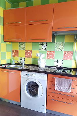 1-комнатная квартира посуточно в Киеве. Деснянский район, пр-т Лесной, 8. Фото 1
