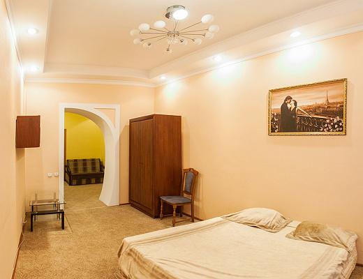 2-комнатная квартира посуточно в Львове. Лычаковский район, ул. Александра Кониского, 5. Фото 1