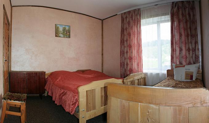 Дом  посуточно в Верховине. ул. Жабьевская, 9. Фото 1