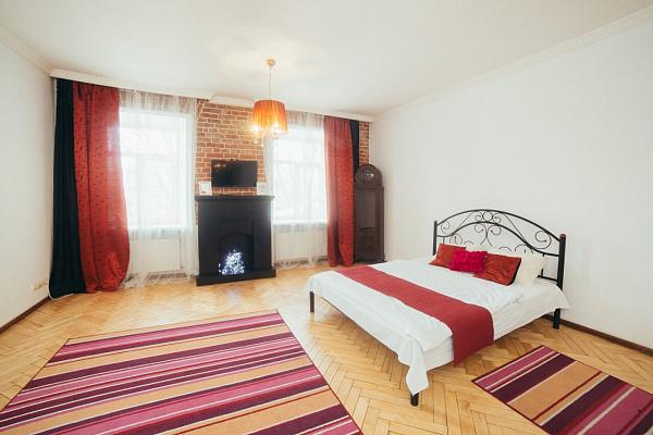 1-комнатная квартира посуточно в Львове. Галицкий район, ул. Винниченко, 26. Фото 1