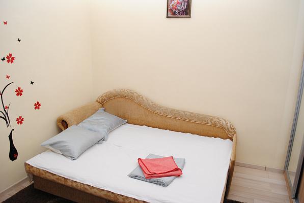 1-комнатная квартира посуточно в Львове. Галицкий район, ул. Чайковского, 23. Фото 1