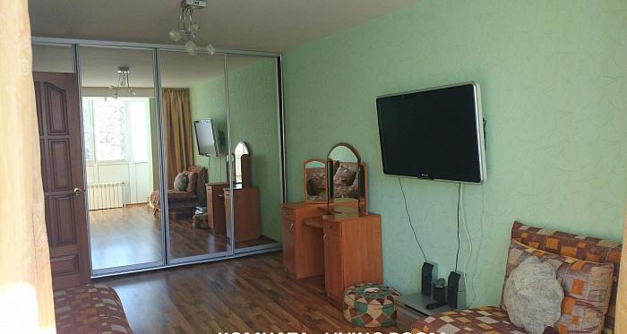 1-комнатная квартира посуточно в Феодосии. ул. Коробкова, 3. Фото 1