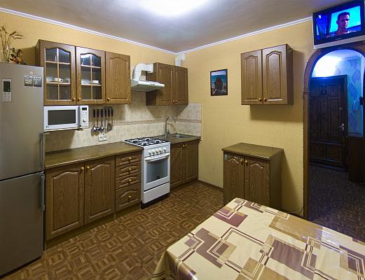 2-комнатная квартира посуточно в Южном. ул. Строителей, 3. Фото 1