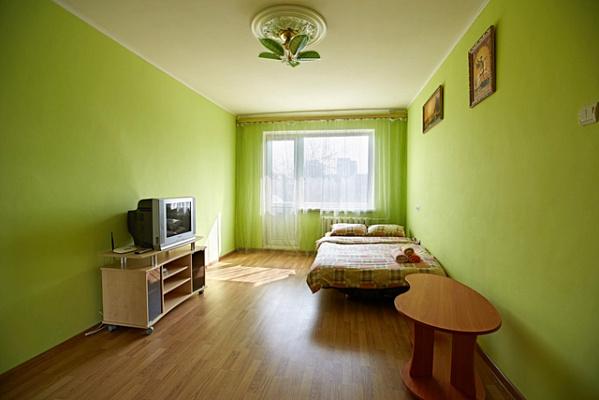 1-комнатная квартира посуточно в Ровно. ул. Киевская, 81. Фото 1