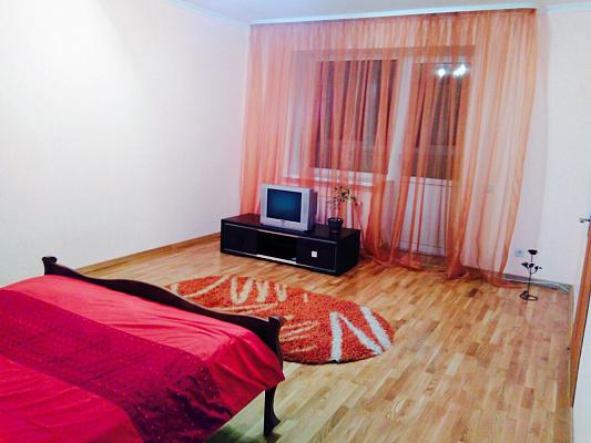 1-комнатная квартира посуточно в Ровно. ул. Буковинская, 5а. Фото 1