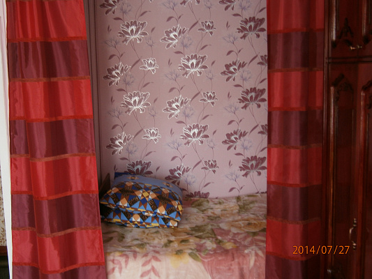 1-комнатная квартира посуточно в Каневе. ул. Успенская (Ленина), 134. Фото 1