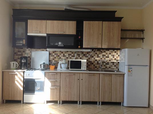 2-комнатная квартира посуточно в Моршине. ул. Привокзальная, 61-а. Фото 1
