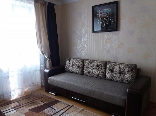 2-комнатная квартира посуточно в Трускавце. ул. Ивана Мазепы, 6. Фото 1