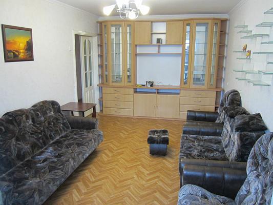 3-комнатная квартира посуточно в Бердянске. пр-т Победы, 8. Фото 1
