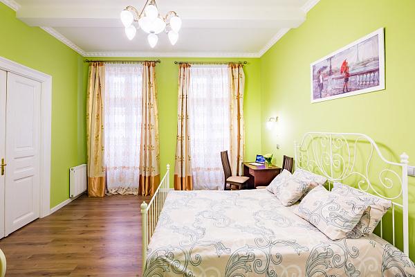 2-комнатная квартира посуточно в Львове. Галицкий район, ул. Богдана Лепкого, 20. Фото 1