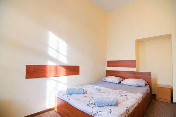 2-комнатная квартира посуточно в Львове. Галицкий район, ул. Леси Украинки, 41. Фото 1