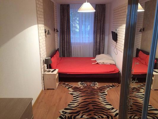 2-комнатная квартира посуточно в Полтаве. Киевский район, ул. Репина, 16. Фото 1