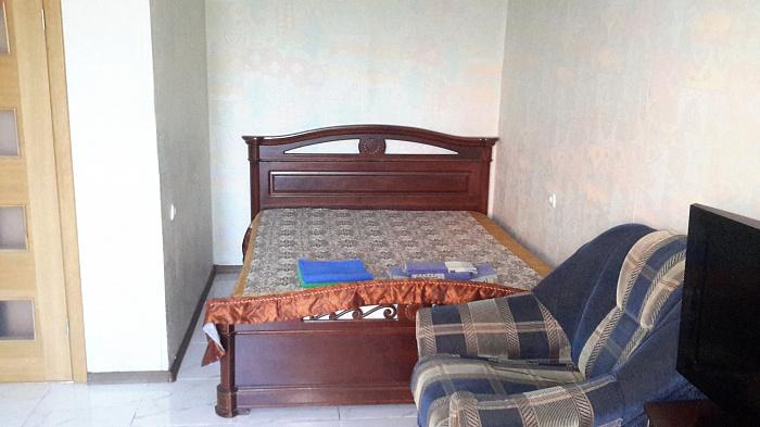 1-комнатная квартира посуточно в Одессе. Приморский район, ул. Академическая, 14. Фото 1