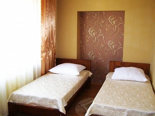 1-комнатная квартира посуточно в Берегово. ул. Суворова, 114. Фото 1