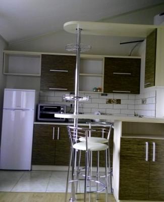 1-комнатная квартира посуточно в Ивано-Франковске. ул. Военных Ветеранов, 6а. Фото 1