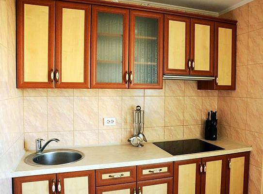 2-комнатная квартира посуточно в Ровно. ул. Киевская, 17. Фото 1