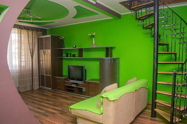 3-комнатная квартира посуточно в Ровно. ул. Костромская, 7. Фото 1