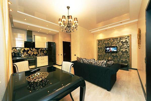 2-комнатная квартира посуточно в Днепропетровске. ул. Глинки, 2. Фото 1