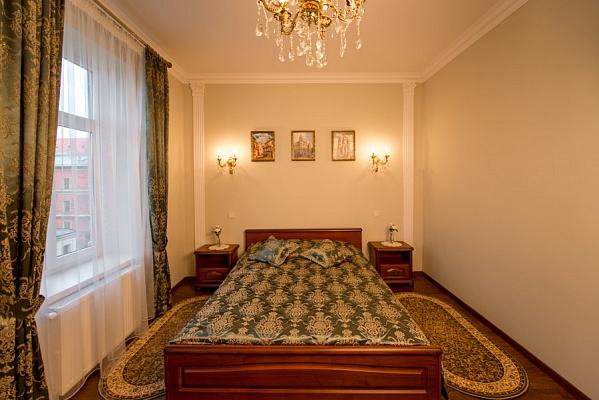 1-комнатная квартира посуточно в Львове. Галицкий район, Галицька, 3. Фото 1