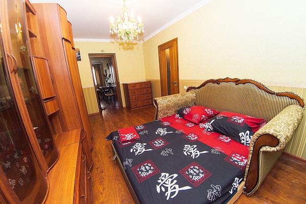 2-комнатная квартира посуточно в Одессе. Приморский район, пер. Светлый, 2. Фото 1