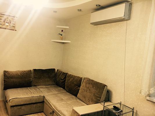2-комнатная квартира посуточно в Одессе. Приморский район, ул. Южная, 32. Фото 1