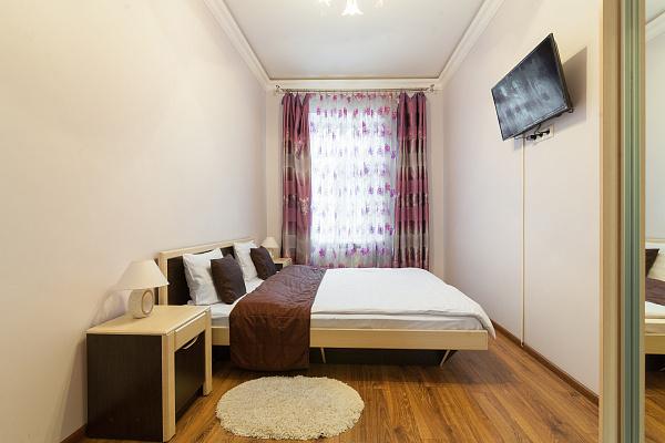 1-комнатная квартира посуточно в Львове. Галицкий район, ул. Майера Балабана, 6. Фото 1