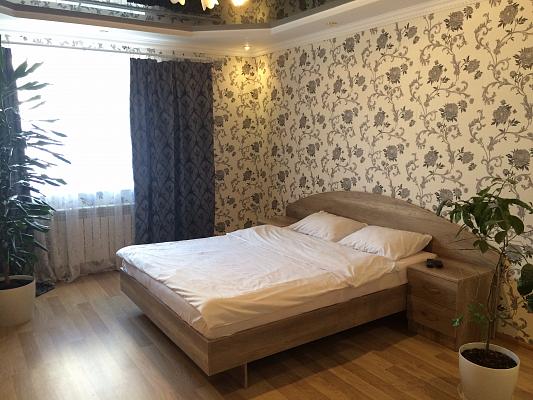 1-комнатная квартира посуточно в Ровно. ул. Степана Демянчука, 1а. Фото 1