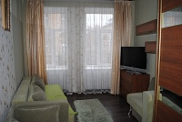 1-комнатная квартира посуточно в Львове. Галицкий район, ул. Шептицких, 27. Фото 1