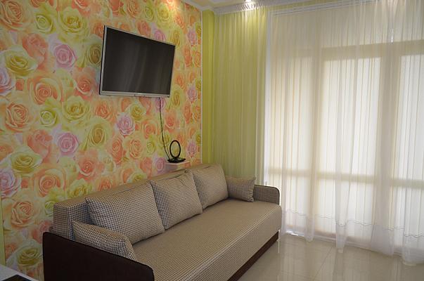 1-комнатная квартира посуточно в Алупке. ул. Приморская, 11А. Фото 1