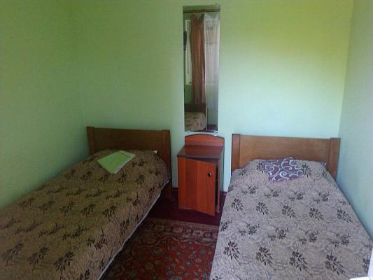 Мини-отель  посуточно в Железном Порту. ул. Морская, 18-1. Фото 1