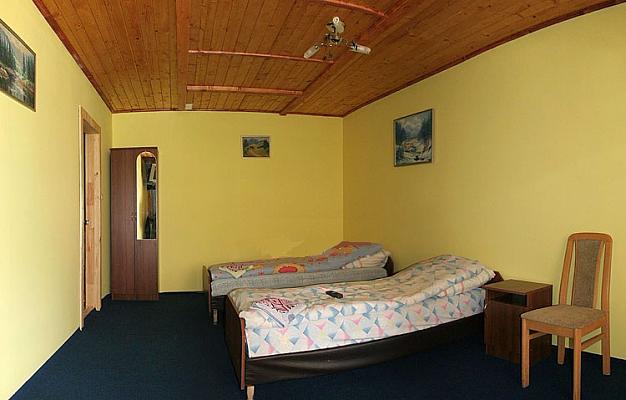 Дом  посуточно в Межгорье. ул. Заводская, 25. Фото 1