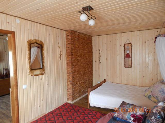 Дом  посуточно в Межгорье. ул. Лозянская, 3. Фото 1