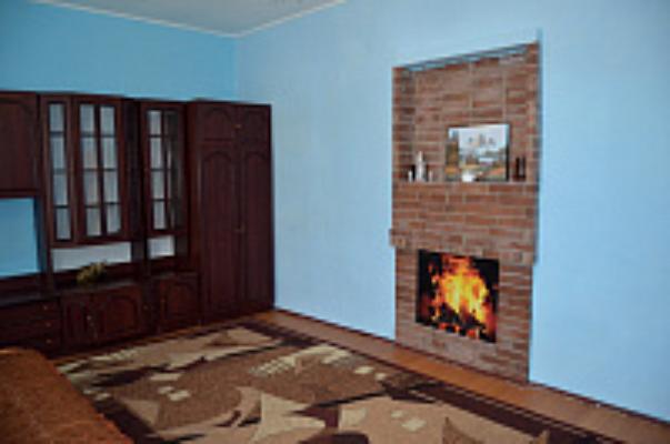 2-комнатная квартира посуточно в Нежине. ул. Авдеевская, 32. Фото 1