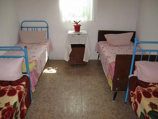 Мини-отель  посуточно в Счастливцево. ул. Гагарина, 69. Фото 1