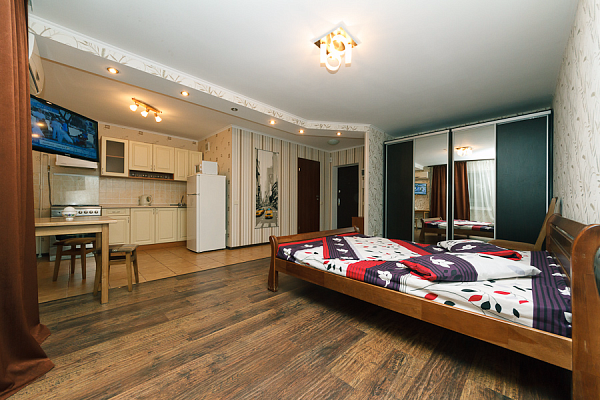 1-комнатная квартира посуточно в Киеве. Оболонский район, пр-т Оболонский, 15Б. Фото 1