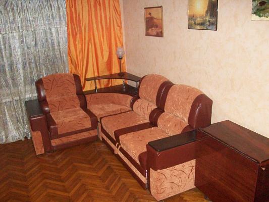 3-комнатная квартира посуточно в Черкассах. б-р Шевченко, 243. Фото 1