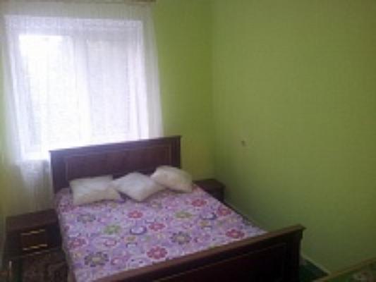3-комнатная квартира посуточно в Херсоне. Суворовский район, ул. Молодежная, 10. Фото 1