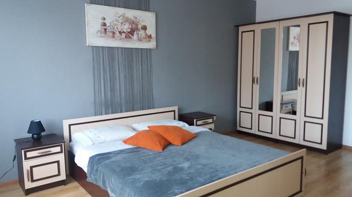 1-комнатная квартира посуточно в Тернополе. ул. Евгения Коновальца, 9. Фото 1