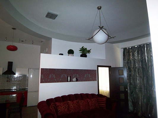 3-комнатная квартира посуточно в Киеве. Печерский район, ул. Эспланадная, 2. Фото 1