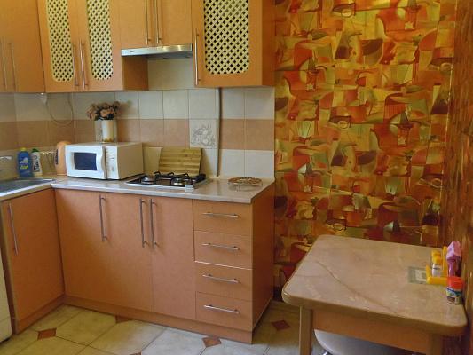 1-комнатная квартира посуточно в Керчи. ул. Айвазовского, 20. Фото 1