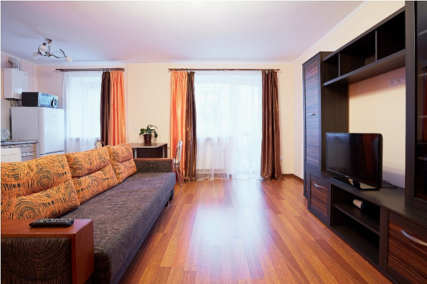 1-комнатная квартира посуточно в Львове. Лычаковский район, ул. Тугана-Барановского, 9а. Фото 1