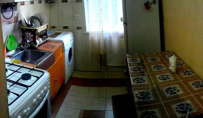 1-комнатная квартира посуточно в Львове. Железнодорожный район, вул.Коротка, 8а. Фото 1