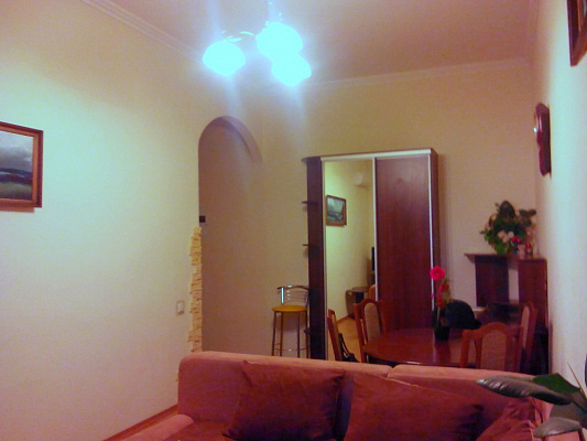 2-комнатная квартира посуточно в Киеве. ул. Сечевых Стрельцов, 10. Фото 1