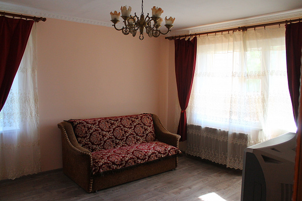 2-комнатная квартира посуточно в Одессе. Киевский район, ул. Глушко, 1. Фото 1
