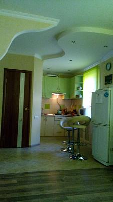 1-комнатная квартира посуточно в Шостке. ул. Прорезная, 25. Фото 1