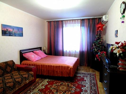 1-комнатная квартира посуточно в Киеве. Дарницкий район, ул. Елизаветы Чавдар, 6. Фото 1