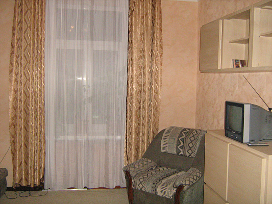 2-комнатная квартира посуточно в Львове. Галицкий район, Коперника , 21. Фото 1